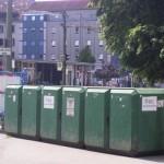 Fahrradgrab im Müllcontainer